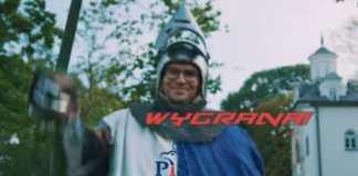 Marcin Duszek w teledysku disco-polo promującym jego kampanię. / foto: YouTube: Marcin Duszek
