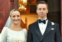 Karina Bosak, z domu Walinowicz, i Krzysztof Bosak tuż po ślubie.