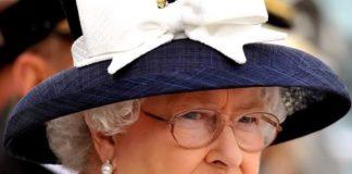 Królowa Elżbieta II cierpi. Co się dzieje na dworze Windsorów? Foto: print screen z YouTube/Dla Ciekawskich