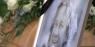 Pogrzeb Pawła Królikowskiego. Wzruszające słowa Katarzyny Skrzyneckiej. Foto: print screen z YouTube/ polsatnews.pl