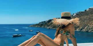 Marina Łuczenko-Szczęsna wypoczywa wraz z mężem na jednej z greckich wysp. Foto: https://www.instagram.com/marina_official/